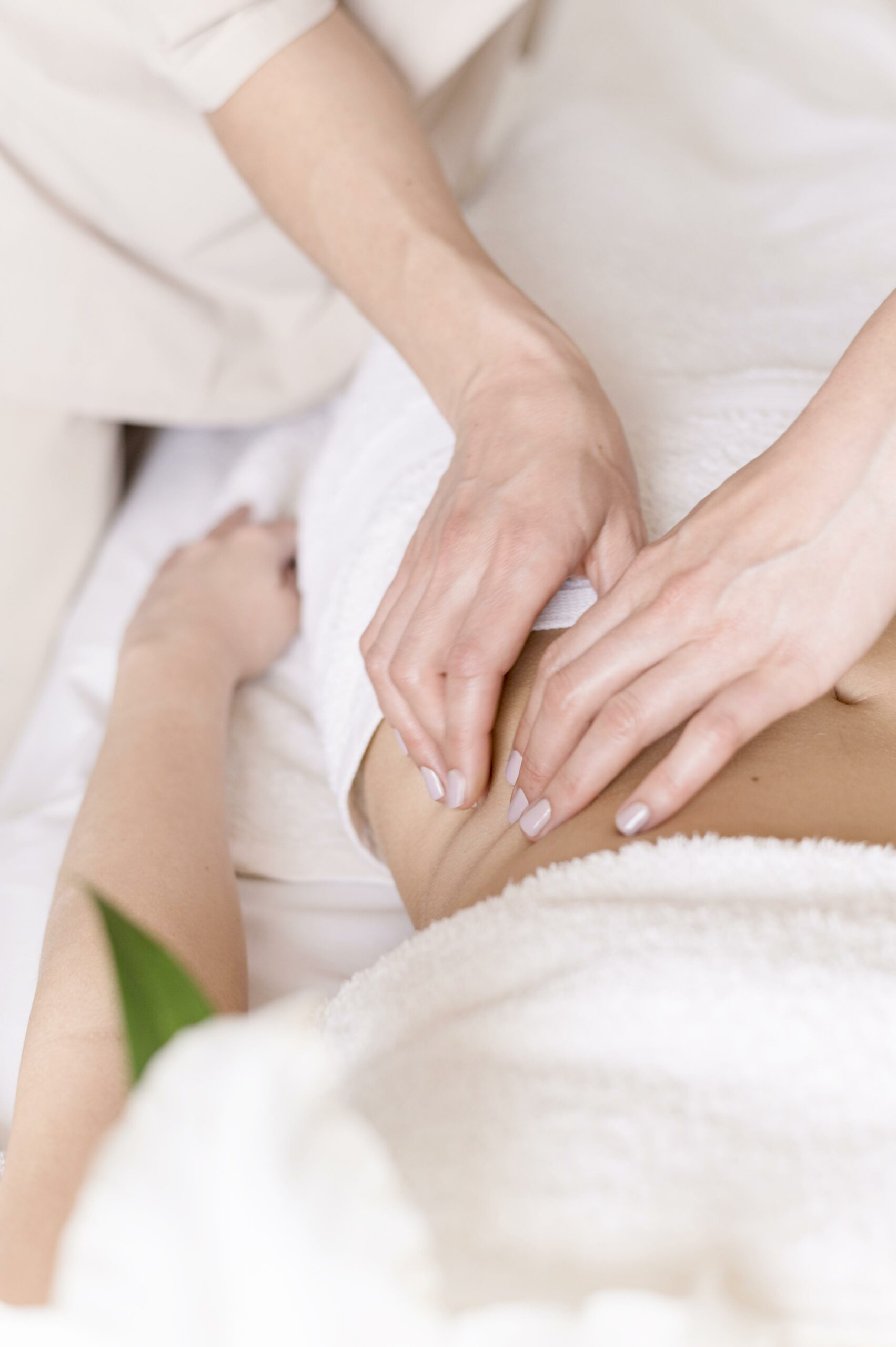 abdomen-massage-concept